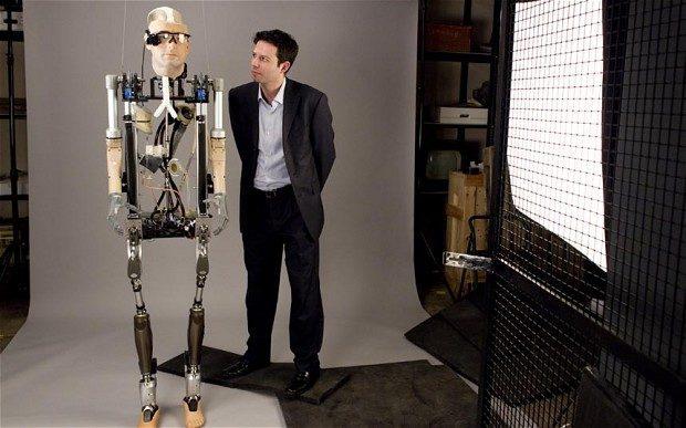İnsan organlarının biyonik ve suni hali kullanılan robot ile teknolojinin boyutu oldukça değişiyor.