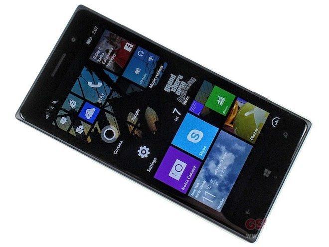 Nokia Lumia 830-11