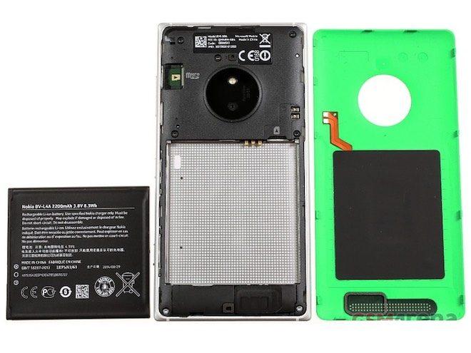 Nokia Lumia 830-arkasi