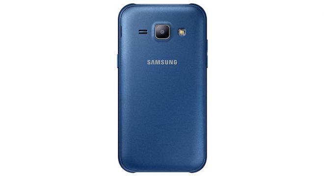 Samsung-Galaxy-J1-09