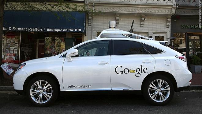 googlein-surucusuz-arabasi-polise-takildi