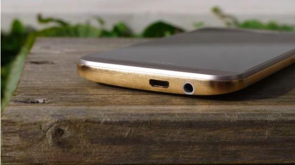 HTC 10-7