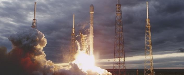 SpaceX Kullanılmış Bir Roketi Tekrar Kullanmayı Hedefliyor