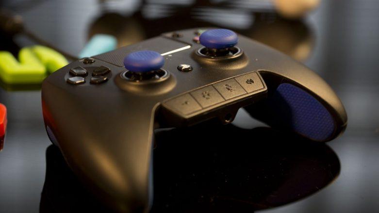 PS 4'ün Yeni Kolu: Razer Raiju