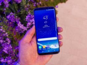 Samsung Galaxy S8 Kırmızı Ekran İddiası ve İlk Çözüm Yolu