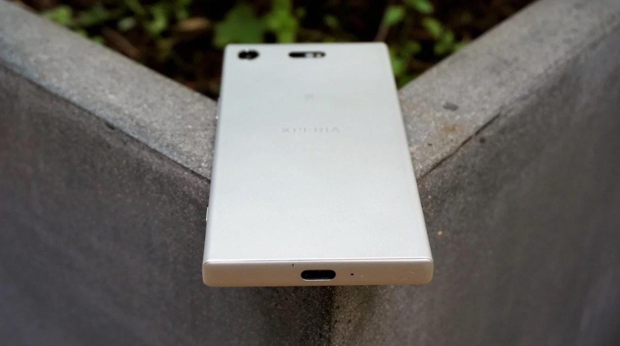 Sony Xperia XZ1 Compact ornek cikislar