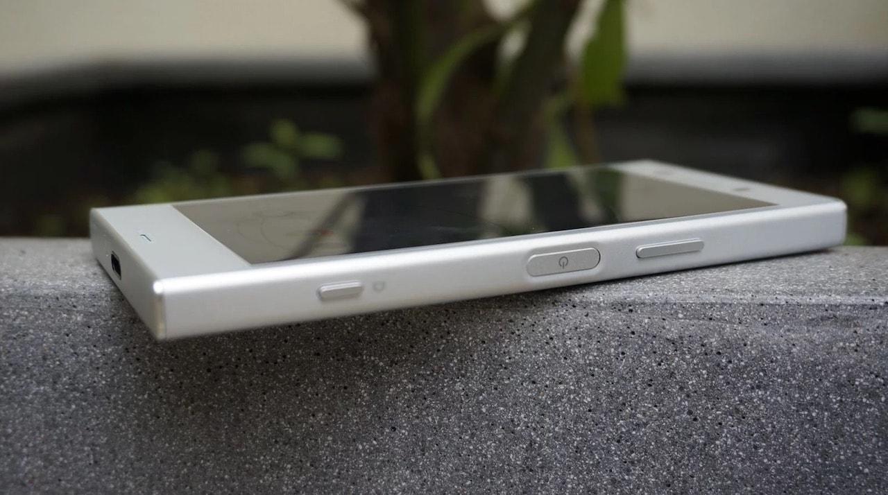 Sony Xperia XZ1 Compact tasarim