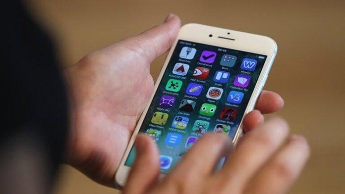 iPhone'lar iOS 11.2.2 Güncellemesiyle Yavaşladı
