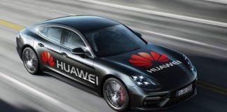Huawei Mate 10 Pro Dijital Şoför Oldu ve Araba Kullandı! (Video)