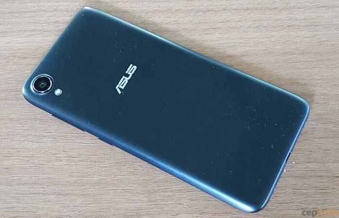 Giriş Seviyesi Telefon Asus Zenfone Live L1 (ZA550KL) Tanıtıldı