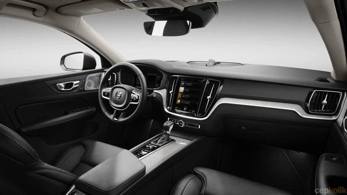 Dizel Secenegi Olmayan 2019 Volvo S60 Tanitildi