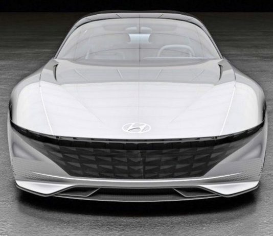 """Le Fil Rouge konsepti Hyundai'nin yönünü """"duyusal sportifliğe"""" işaret ediyor."""