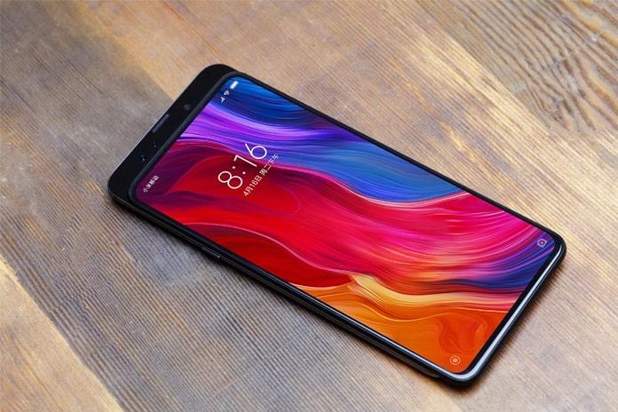 Xiaomi Mi MIX 3 Fotoğrafları Görüntülendi