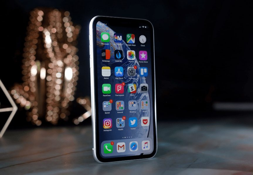 iPhone XR Satışa Sunuldu