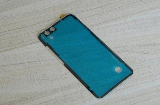 Xiaomi Mi 6 Şeffaf Arka Paneli Farklılık Sevenler İçin Tasarlandı