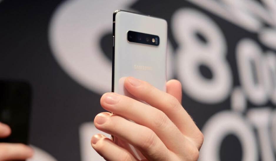 Samsung Galaxy S10 ve Apple iPhone XS Karşılaştırması