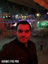 Huawei P30 Pro Selfie Karşılaştırması - Loş Işık