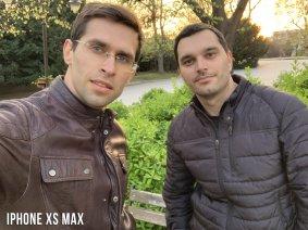 iPhone XS Max Selfie Karşılaştırması - Grup