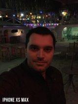iPhone XS Max Selfie Karşılaştırması - Loş Işık