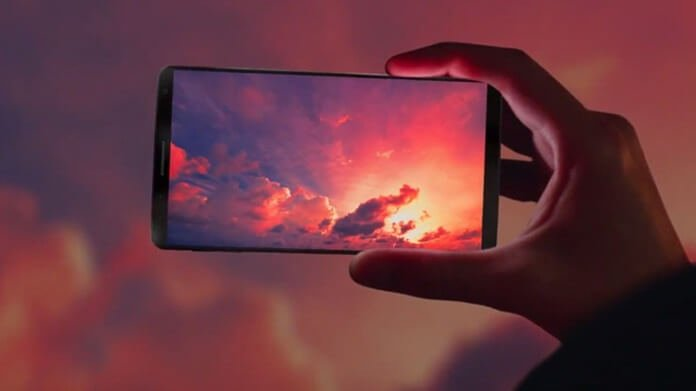 Xiaomi 64MP Kameralı Yeni Bir Telefonu Piyasaya Sürecek!