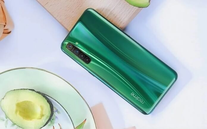 Realme X2'ye Avocado Green Renk Seçeneği