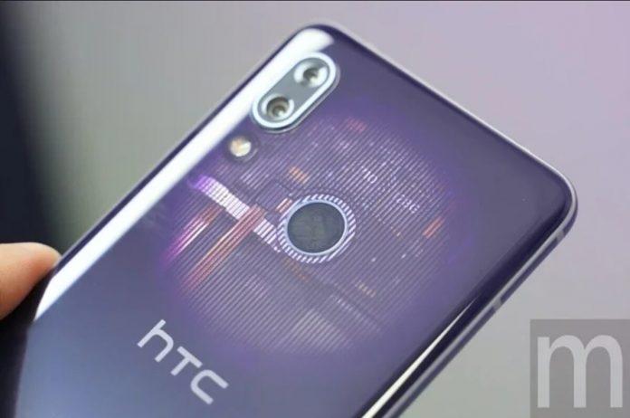 htc-ilk-5g-akilli-telefonunu-piyasaya-surdu