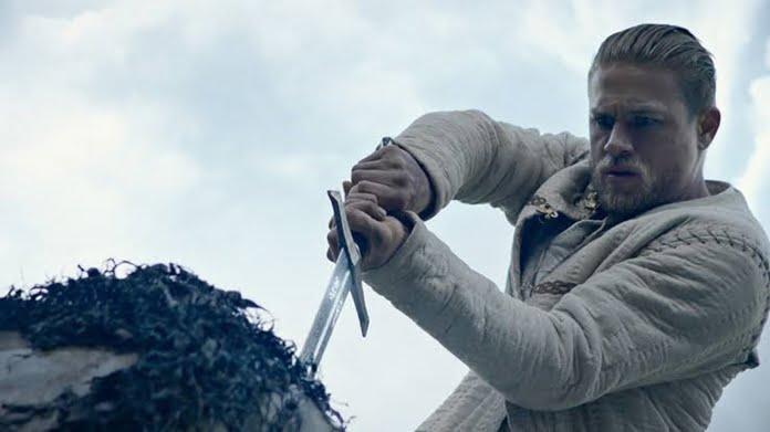 Kral Arthur: Kılıç Efsanesi (2017) - IMDb 6.7