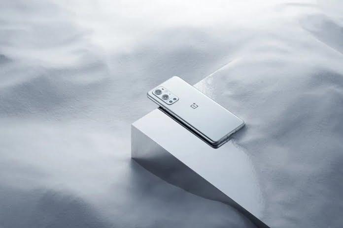 OnePlus 9R dıs