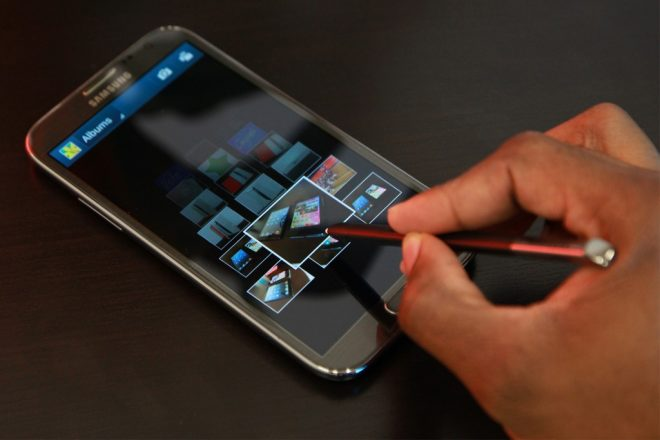 Galaxy Note 2'ye KitKat Güncellemesi Yayımlandı