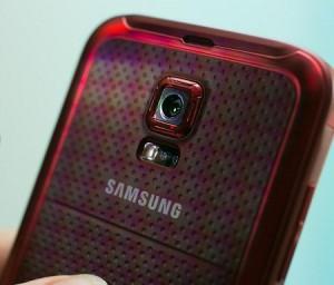 Samsung: 'Galaxy S5'e Geçin Çünkü…'