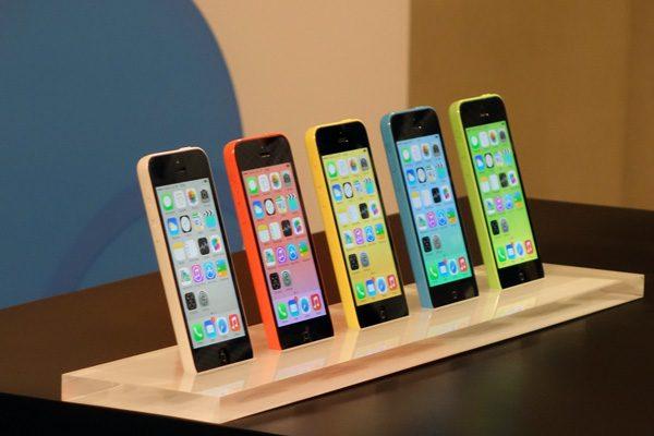 iphone 5C tüm android telefonlardan çok sattı