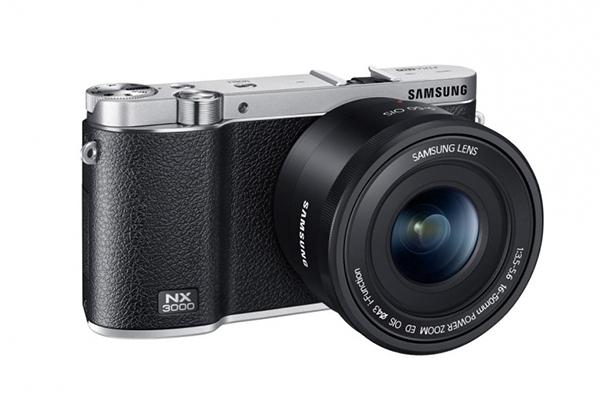Samsung Aynasız Fotoğraf Makinesi NX300'i Duyurdu