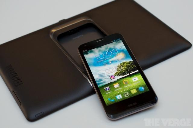 ASUS PadFone 2 için Android 4.4 KitKat güncellemesi geldi