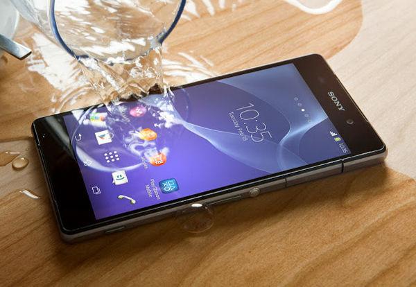 Sony Xperia Z2 su geçirmezlik testi